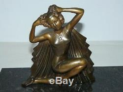 About Art Deco Woman In Regulated On Marble Plate Signs Molin 1930 XX Sculpture