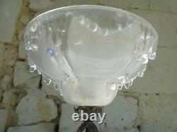 Art Deco 1920 1930 Lamp, Wrought Iron Footing And Globe Signed Ezan