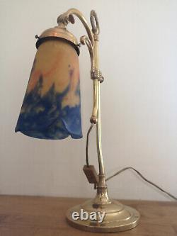 Art Deco Bronze Lamp. Tulip In Pate De Verre Signee Muller Freres