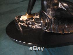 Art Deco Sculpture Statue Regulates Signed S Melani Length 58 Cm. L19 CM H 30 CM