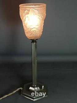Art Deco Table Lamp Metal Column & Pressed Glass Moulded Signed H37 CM Sb