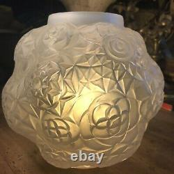 Art Deco Vase Model Dalhia Signed André Hunebelle France Opalescent