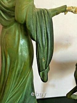 Bronze Statue Art Deco, Chryselephantine Signed Menneville, 1930