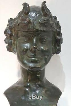 Bust Of Young Nymph. Bronze Art Deco Beautiful Green Patina Signed Schmitt