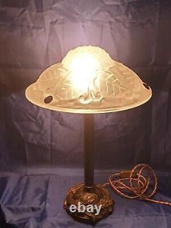 Lamp Époque Art-deco Bronze Foot Where Laiton Moulded Glass Signed Degué