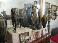 Pendulum Art Deco Signed G. Gori Women At Dogo