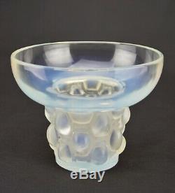 - René Lalique Vase Big Beautreillis Opalescent Glass 1927 Art Deco Signed