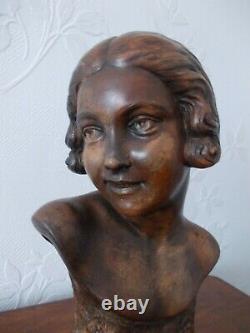 Sculpture Art Deco Woman's Bust Terre Cuite Signed P. Dumont (1920-1987)