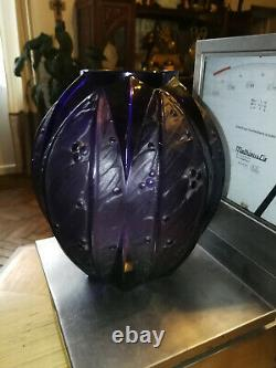 Superb Large Purple Vase Verlys The Era Of Art Deco Laurels Unsigned