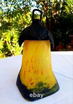 2 tulipes pâte de verre marmoréen jaune signées Muller Frères Lunéville art déco