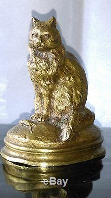 Ancien Sujet En Bronze Animalier Chat Assis Près D'une Souris Mascotte
