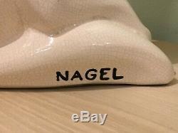 Chat assis en faïence craquelée signé NAGEL Art déco