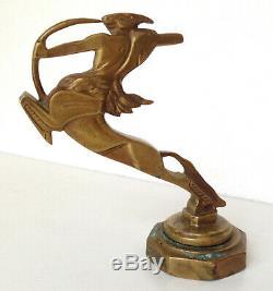 Mascotte automobile signée BAZIN Bronze Centaure Bouchon de Radiateur Art Deco