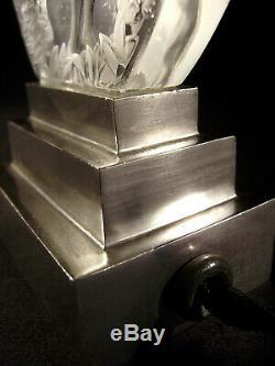 P. Davesn Lampe Veilleuse Art Déco En Verre Moulé Signé & Bronze Nickelé 1930