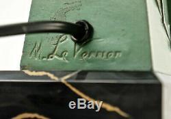 Rare Max le Verrier Art Deco-Tischlampe, Coulée de Métal, Signé. (3n1)