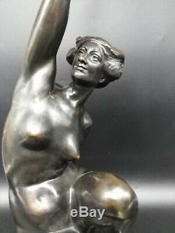 Sculpture ancienne bronze femme torchère art-déco nu A Puttemans Bruxelles