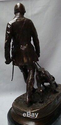 Statue Chien Chasse Animalier Valet Style Art Deco Bronze massif Signe