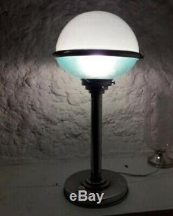 Superbe et rare lampe 1930 Bauhaus signée ILRIN