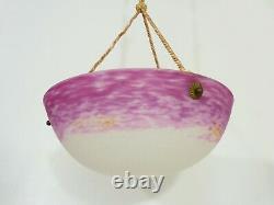 Suspension vasque Art Déco 1 Feu, en pâte de verre rose. Signé L'Elf