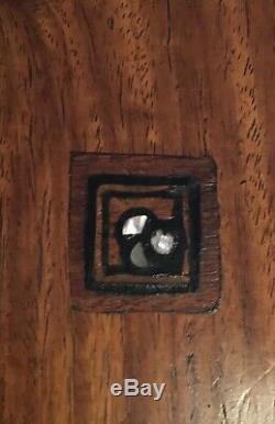 Table basse Art-Déco signée Louis Majorelle en placage de palissandre et acajou