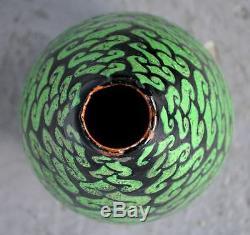Vase 1930 art déco signé Maucuer fond noir