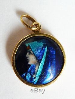 Vierge Pendentif OR et émail signé Camille FAURE Limoges gold enamel pendant